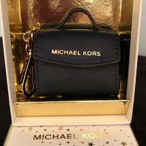 NWOT- Michael Kors Leather Hannah Key Charm